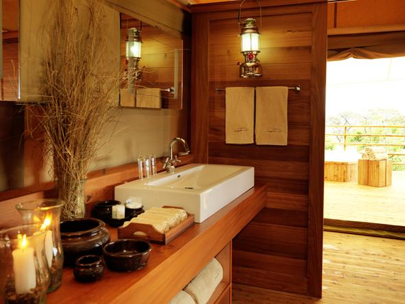 Serengeti Bushtops Luxury Tented Camp - bathroom