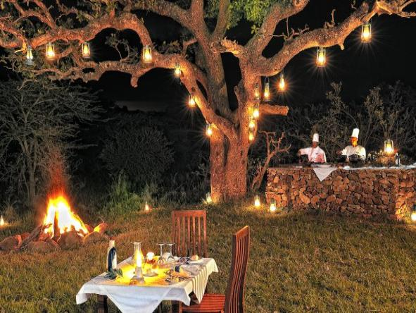 Serengeti Migration Camp - outdoor dining