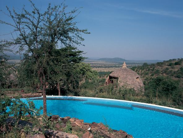 Serengeti Serena Safari Lodge - Pool