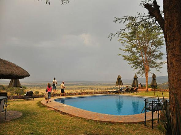 Serengeti Sopa Lodge - Pool2