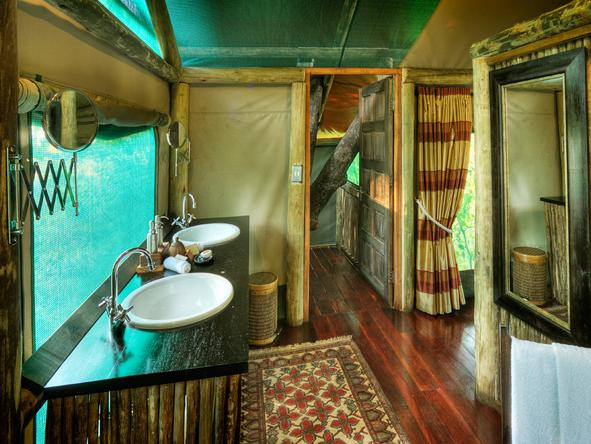 Shinde Camp - Bathroom