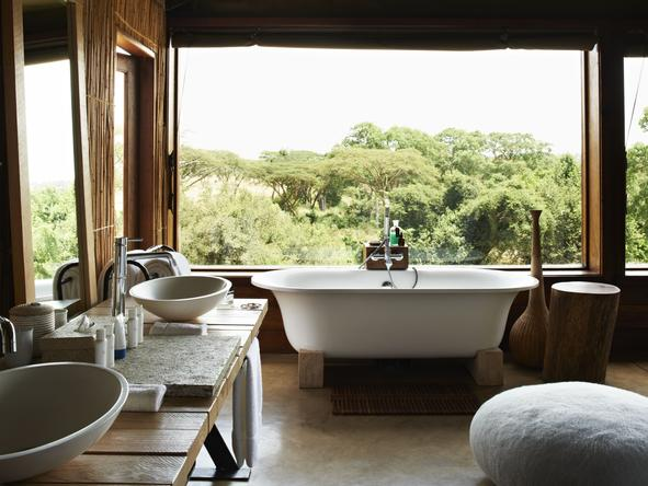 Singita Faru Faru River Lodge - Bathroom