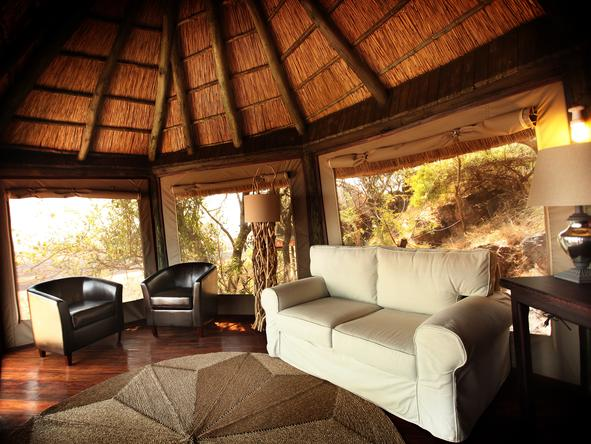 Soroi Serengeti Lodge - private lounge
