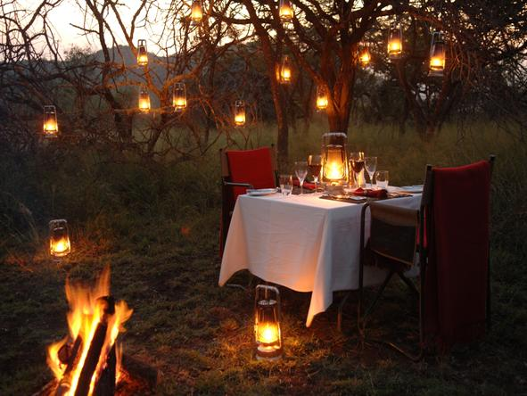 Thanda Private Game Reserve - bush dinner
