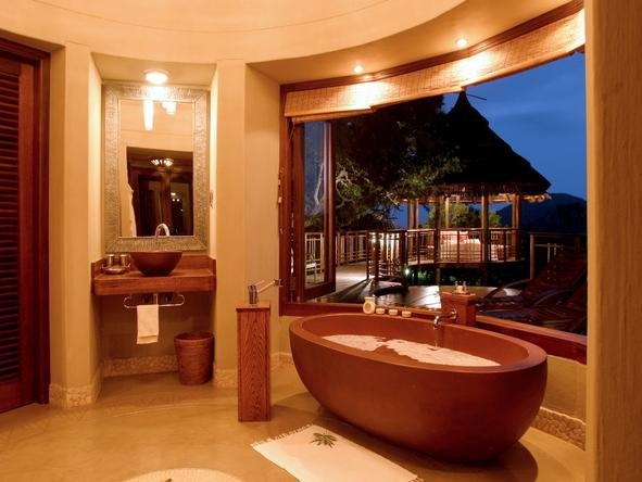 Thanda Private Game Reserve - bathroom
