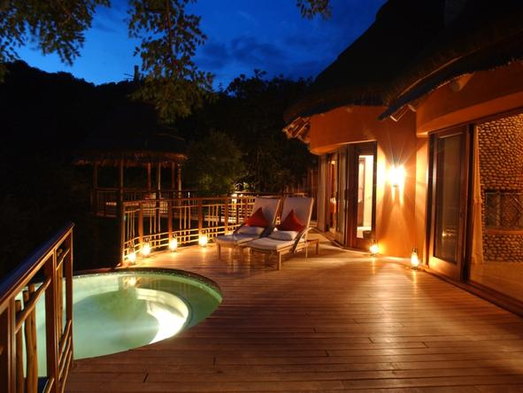 Thanda Private Game Reserve - private patio