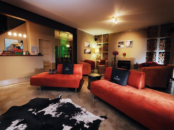 The Peech Hotel - Lounge