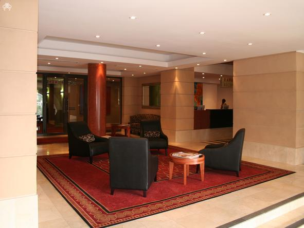 The Raphael Penthouse Suites - Lobby