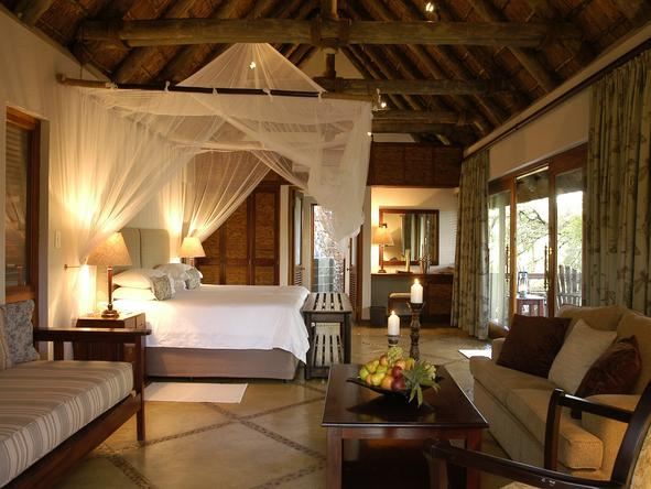 Thornybush Main Lodge - Bedroom