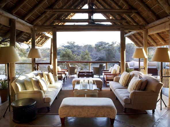 Thornybush Main Lodge - Lounge2