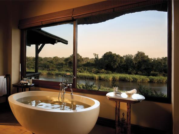 Tinga Narina Lodge - bath