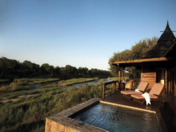 Tinga Narina Lodge - private plunge pools