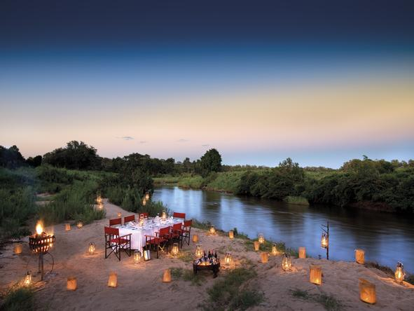 Tinga Narina Lodge - bush dinner