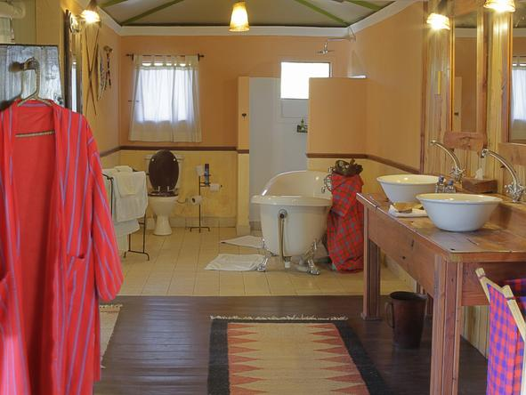 Tipilikwani Mara Camp - Bathroom
