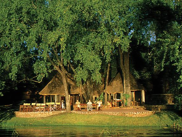 Tongabezi Lodge - exterior view