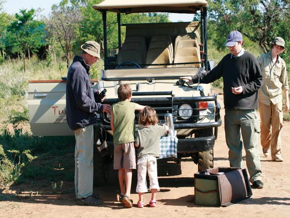 Tuningi Safari Lodge - Game Drive