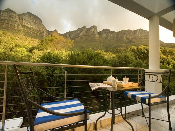 Twelve Apostles Hotel - Private balconies