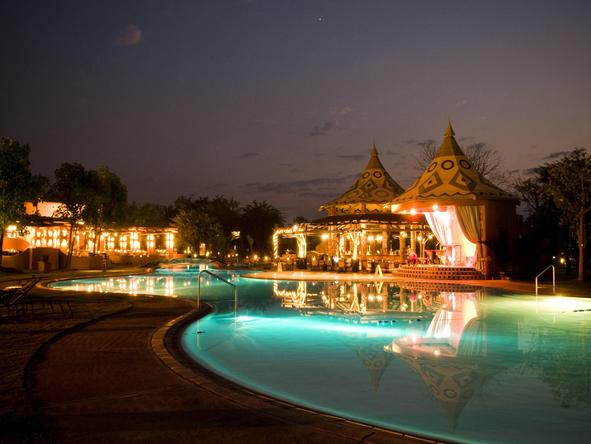 Zambezi Sun - pool at night